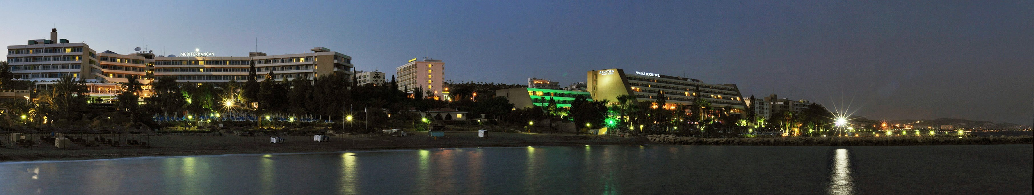 Night_panorama_of_tourist_area_of_Limassol_Cyprus_2-e1393944498831
